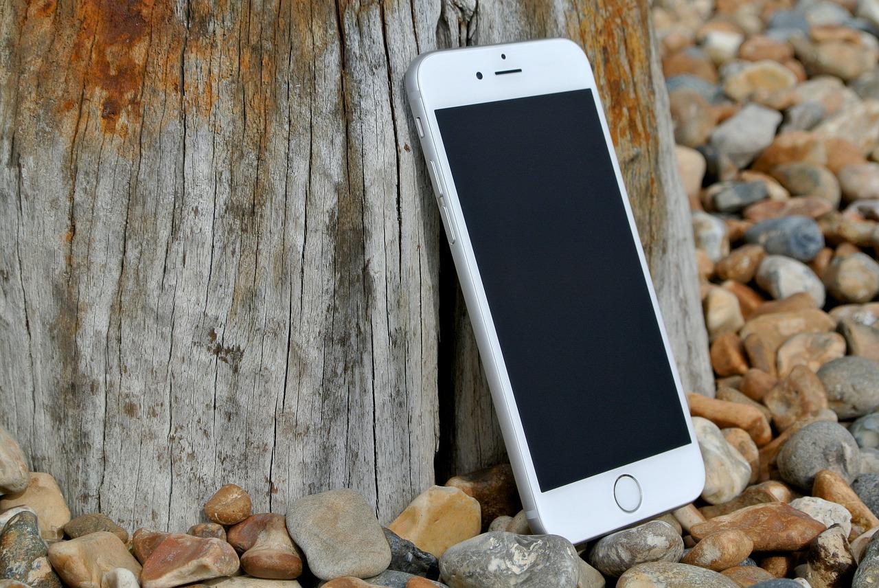 Gyorsan kivitelezhető az iPhone kijelzőcsere