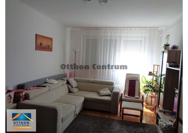 Az eladó lakás Budapest 3. kerületében csendes környezetben van