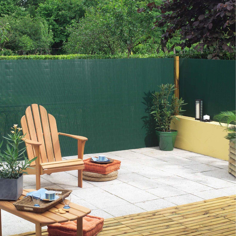 Az intim szféra megteremtése a kerítés takaró hálóval