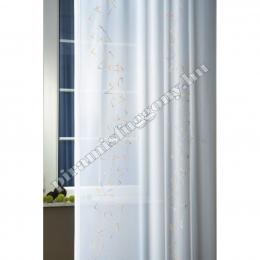 Az átlátszó jacquard függöny hangulatot teremt